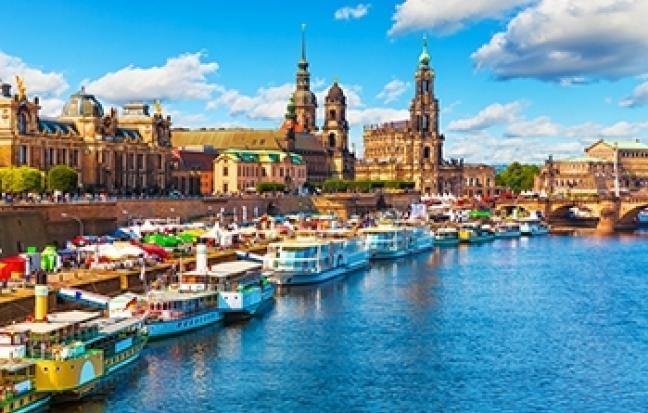 ทัวร์ยุโรป LAKE, CASTLE and BEAUTIFUL VILLAGE  ออสเตรีย - ฮังการี - สโลวัก - เชก - เยอรมนี