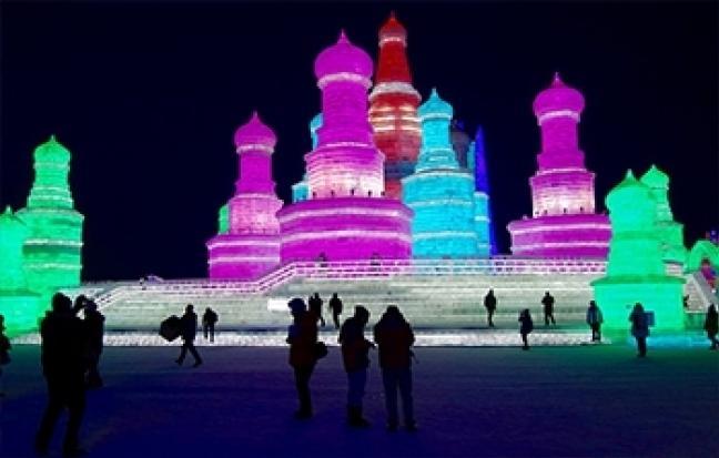 ทัวร์จีน  เคาท์ดาวน์ฮาร์บิน เที่ยวครบ เทศกาลน้ำแข็ง หมู่บ้านหิมะ พักหรู 5 ดาว