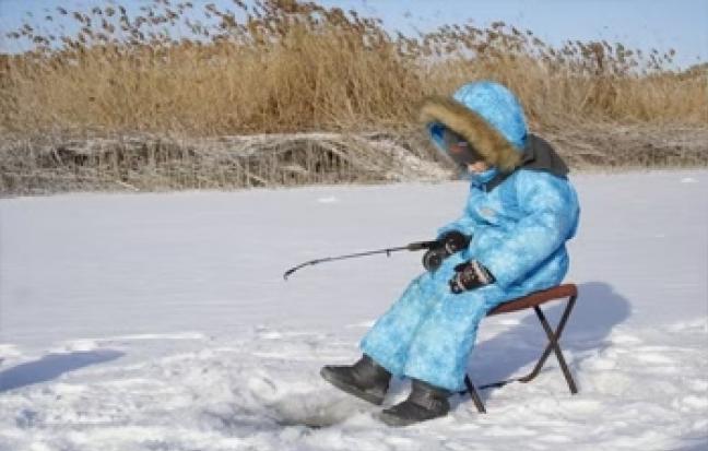 ทัวร์เกาหลี  RASPBERRY ตกปลาน้ำแข็ง