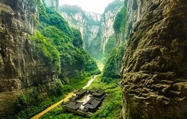 ทัวร์จีน จีน ฉงชิ่ง อู่หลง อุทยานเขานางฟ้า [เลทส์โก บัลลังก์มังกรฟ้า]