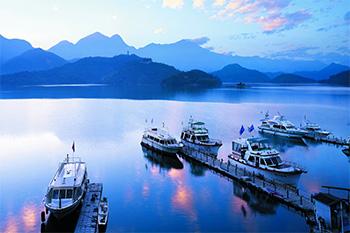 ทัวร์ไต้หวัน  มหัศจรรย์.. TAIPEI SUN MOON LAKE